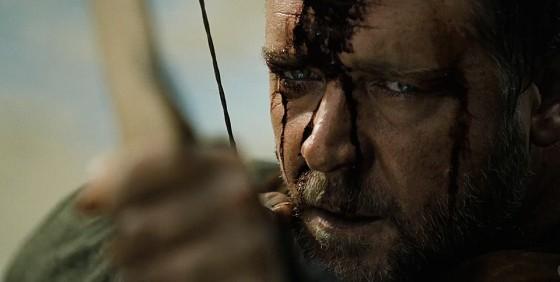 Russell Crowe spänner.