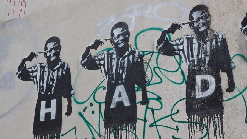 paris_streetart_pojkarpistol