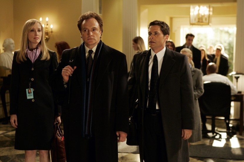 Janel Moloney, Bradley Whitford och Rob Lowe i The West Wing.